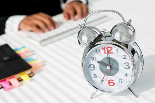 皆さん?「忙しい」ってどんな時に使う言葉か知っていますか?この言葉を連呼していると最後には・・・皆さん気をつけましょう!